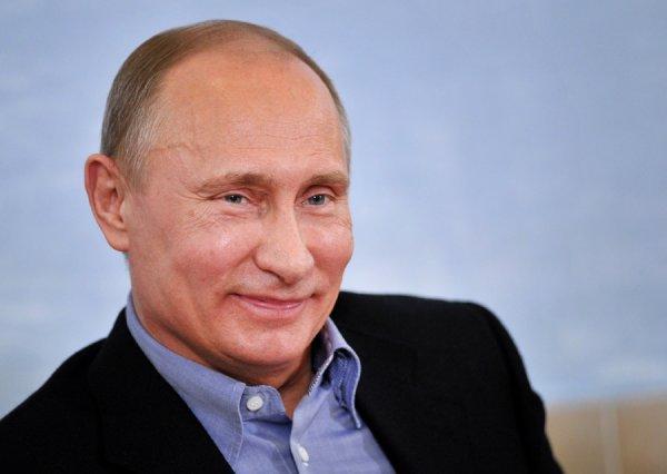 Путин и Мединский договорились создать в селах клубы для мужчин и женщин