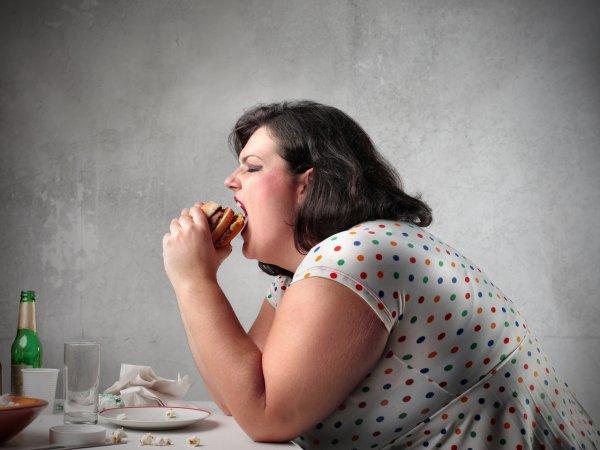 Ученые: Страдающие ожирением люди более подвержены деменции и болезни Альцгеймера