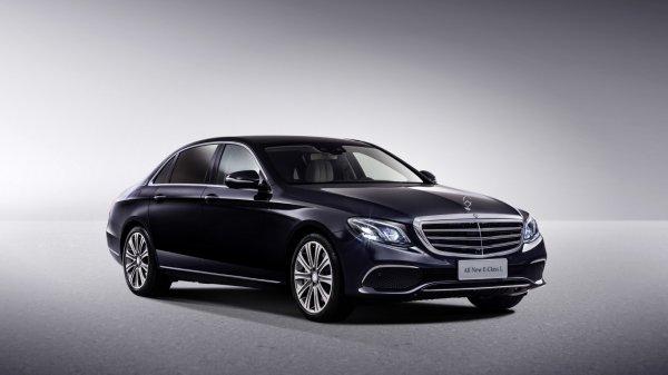 Mercedes-Benz отзывает из России 78 автомобилей E-Class