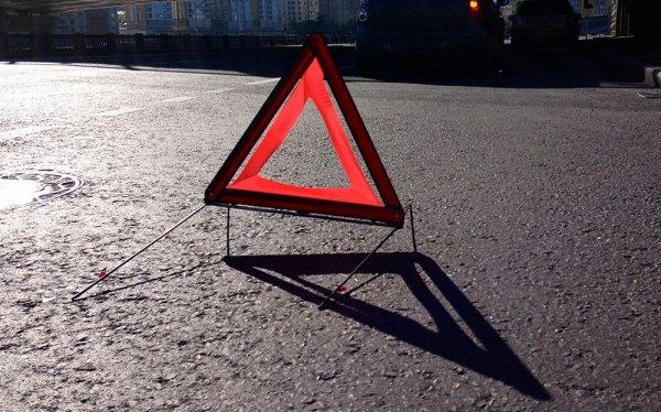 Две беременные девушки стали жертвами ДТП с маршруткой в Ленобласти