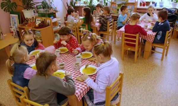 На Среднем Урале оштрафован организатор питания в детских садах на 30 тысяч рублей
