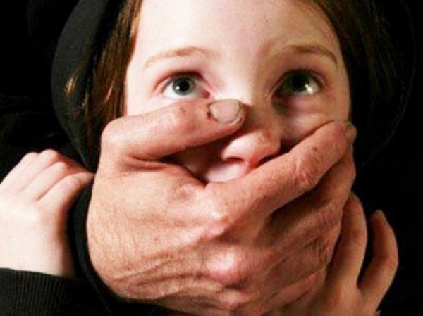 В Челябинске арестовали изнасиловавшего 3 школьниц 58-летнего педофила