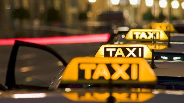 В России десятки тысяч таксистов не вышли на работу 1 июня