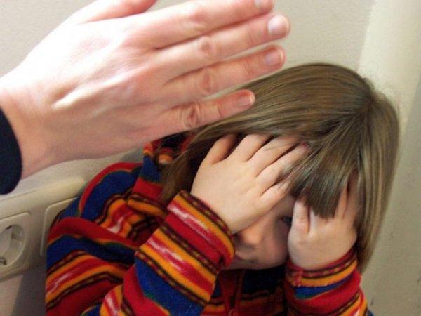 В Москве полиция забрала 4-летнего мальчика у неадекватной матери