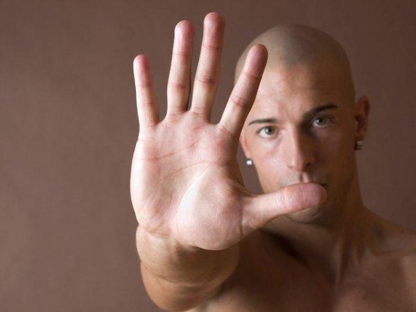 Безымянный палец расскажет о размере пениса - Ученые