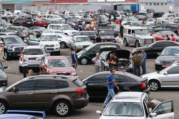 В Санкт-Петербурге цены на подержанные авто выросли на 2%
