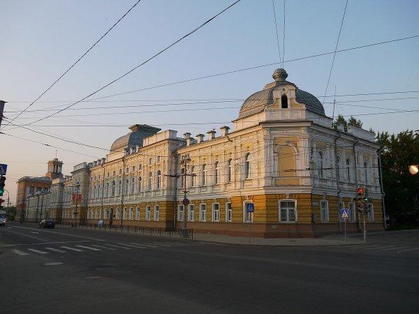 Власти Иркутска сообщили об изменении движения транспорта в День России