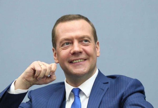 Медведев пошутил про российское лето на встрече с президентом Бразилии