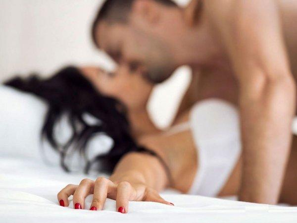 Видео про секс двое на одну просто
