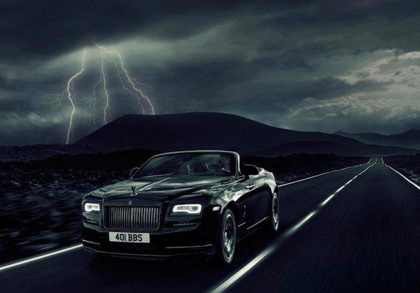 Rolls-Royce пополнил серию Black Badge кабриолетом Dawn
