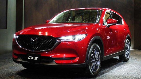 В России начались продажи нового автомобиля Mazda CX-5