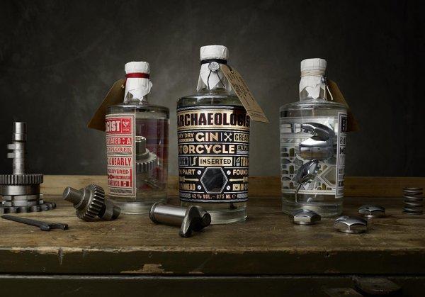 Выпущен джин с деталями мотоциклов Harley-Davidson в бутылке