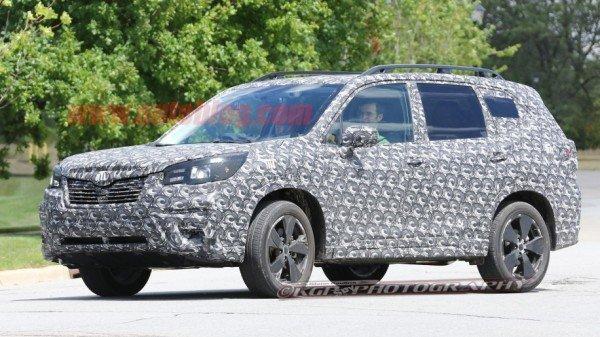 Фотошпионы «засекли» обновленный Subaru Forester 2018 модельного года