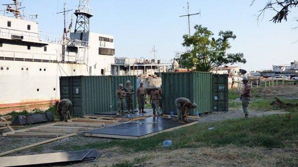 Военные США начали строительство базы ВМС на Украине