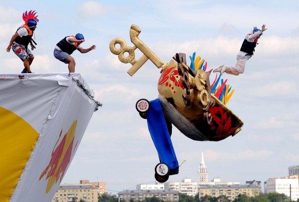 Спортсмены Red Bull отказались от турнира в Крыму из-за украинских санкций