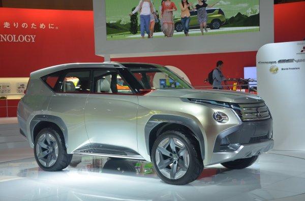 В Китае начались продажи обновленного Mitsubishi Pajero