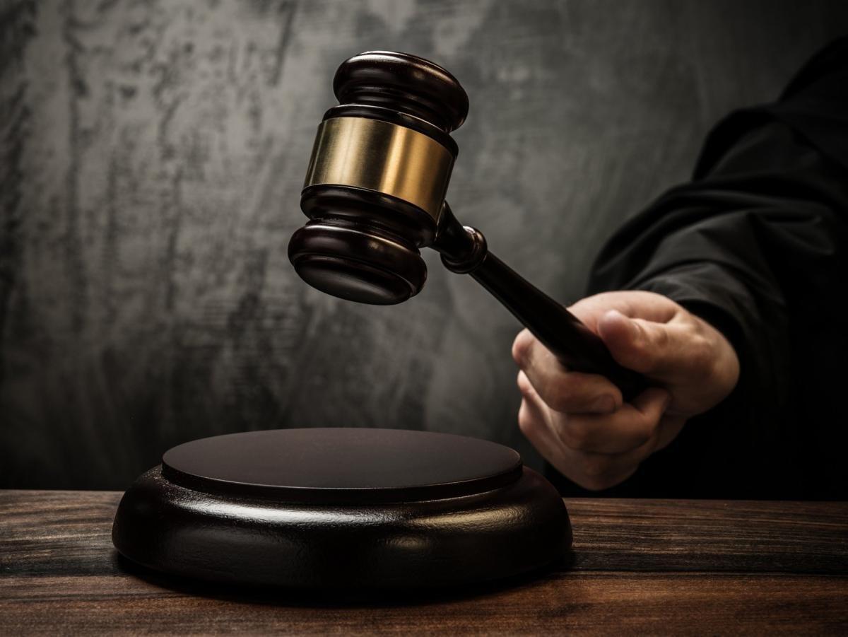 За аферы с недвижимостью на 250 млн рублей в Москве задержали адвоката