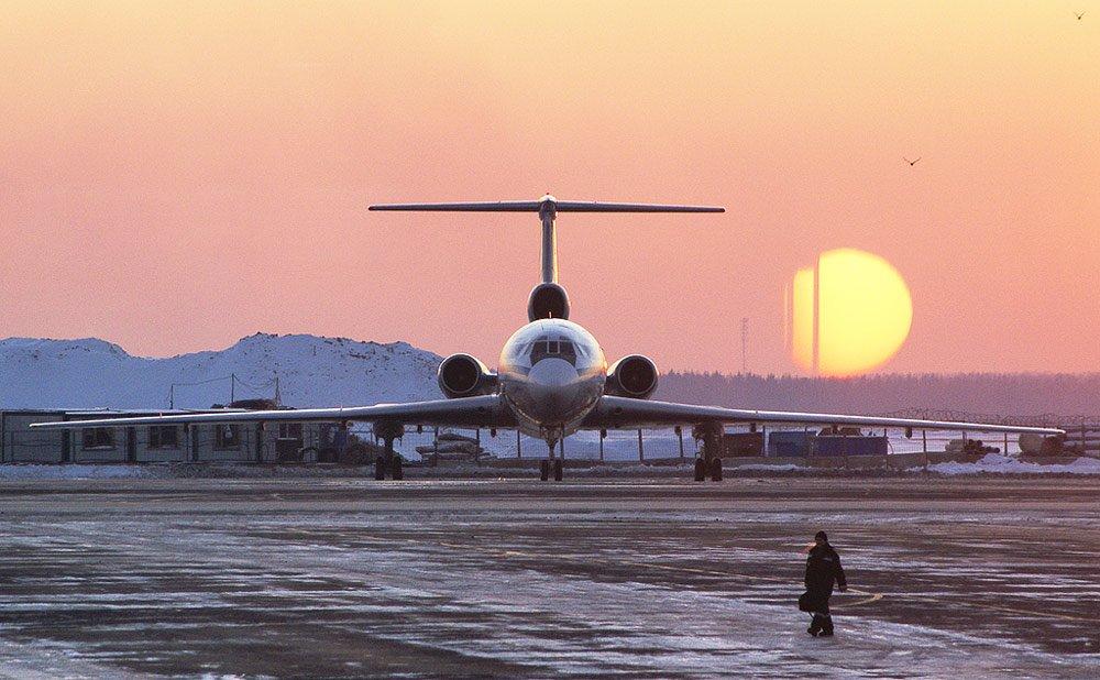 можете фото руководителя у самолета зимой столице