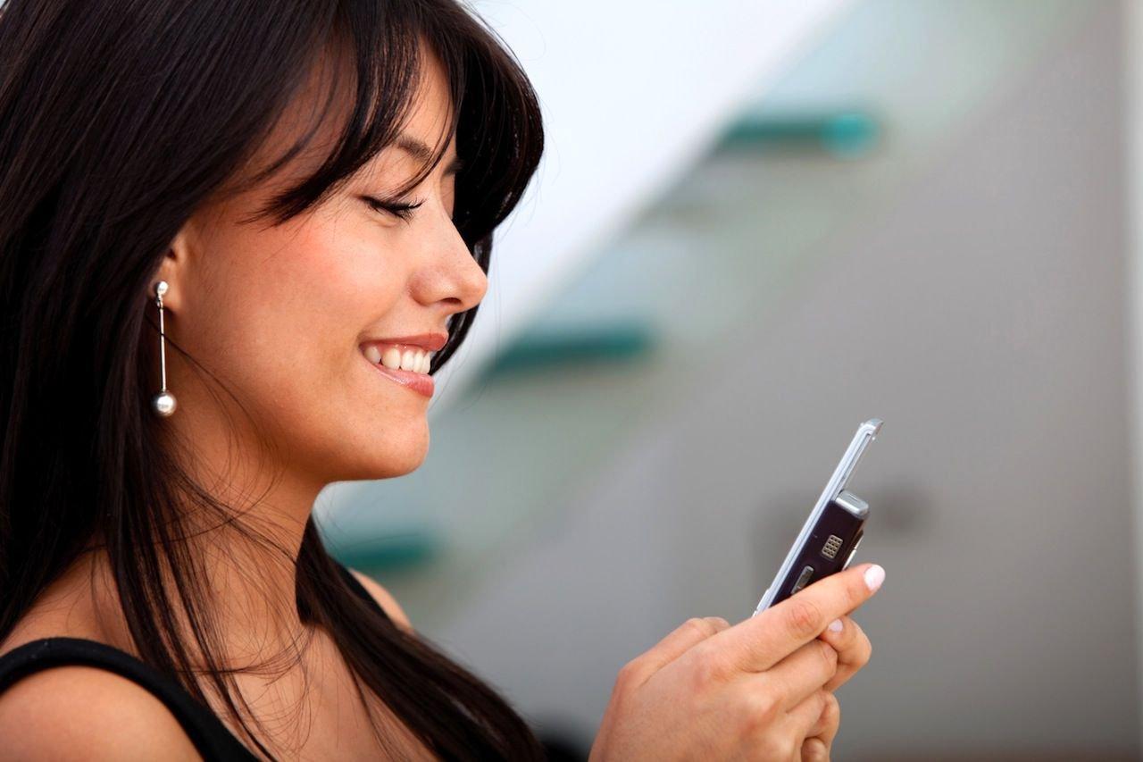 картинки с телефоном в руках смотреть