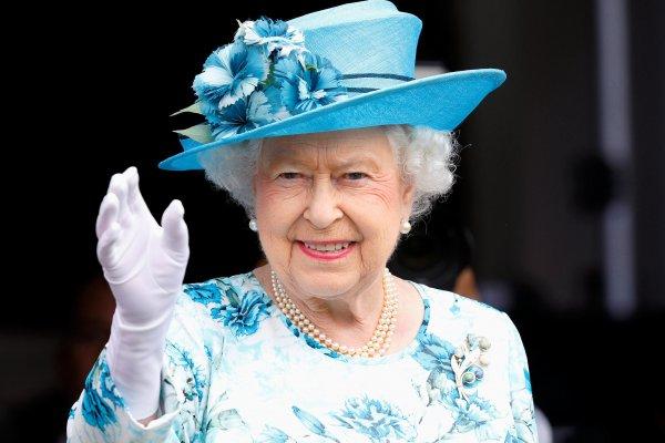 queen elizabeth s publicity efforts Prince harry & queen elizabeth ii get last laugh in invictus games rivalry with obama's despite breaking bread recently at kensington palace.