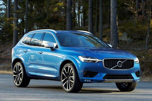 Volvo озвучила цены на новый кроссовер XC60