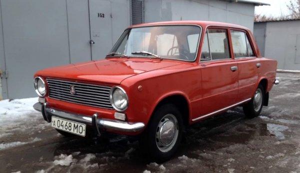 Простоявший в гараже 35 лет ВАЗ-2101 продают за 1,5 млн рублей