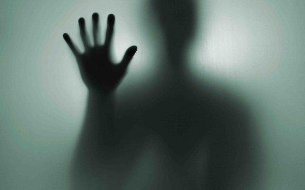 Британка рассказала о сексе со 100-летним призраком