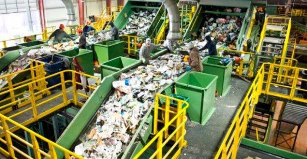 Швейцарец рассказал о безопасности новых заводов по утилизации мусора в Подмосковье