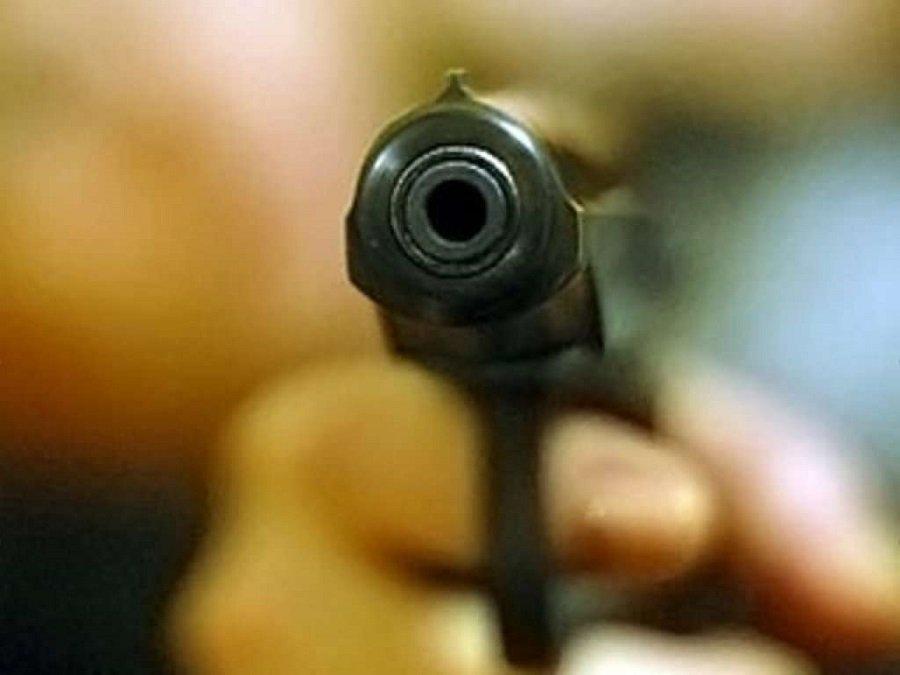 ВТульской области мужчина застрелил прохожего