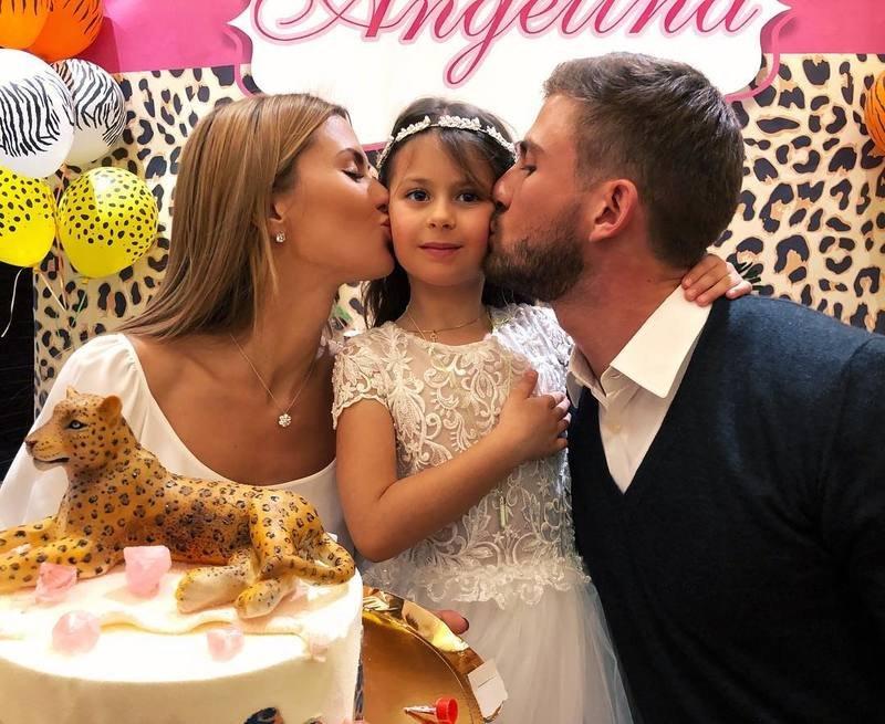 Виктория Боня повстречалась  сбывшем мужем ради дочери