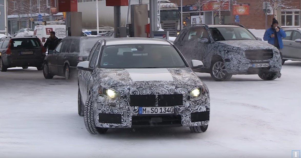 БМВ 1 Series появился нашпионских фото вовремя зимних тестов
