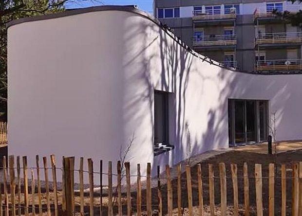 ВоФранции для монолитного дома возвели стены посредством 3D-печати