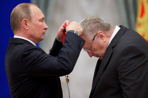 Жириновский заявил о готовности заменить Путина в любой момент