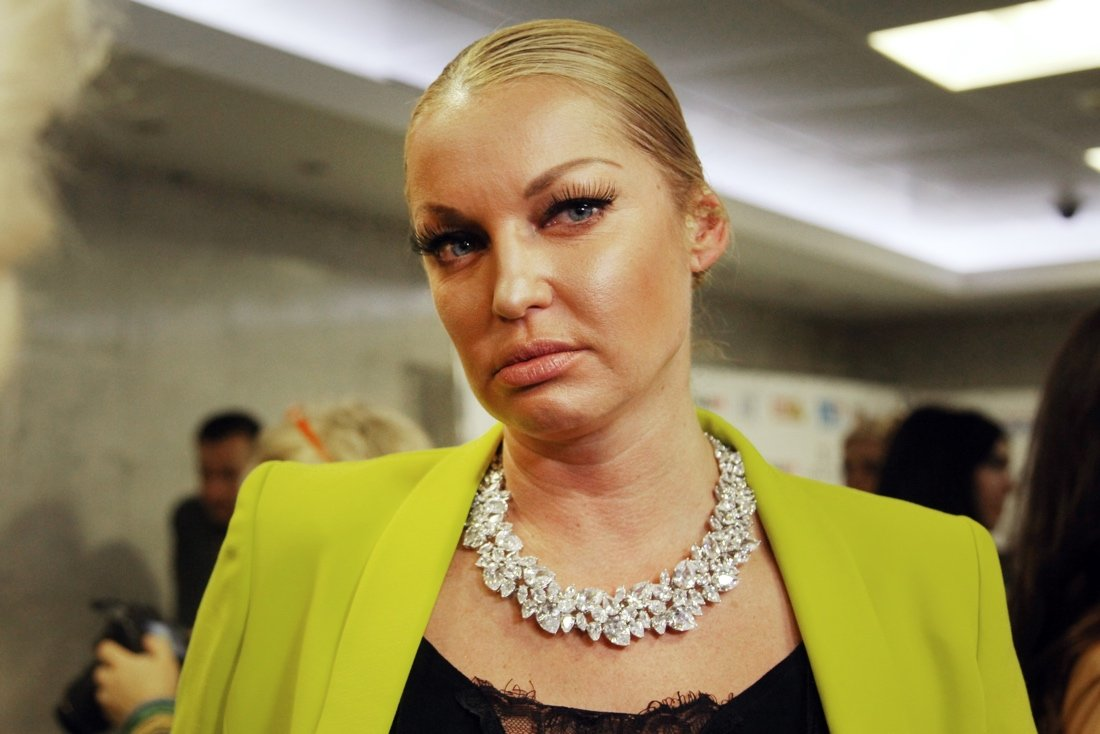 «Неграмотная» Волочкова едва неутонула вТаиланде