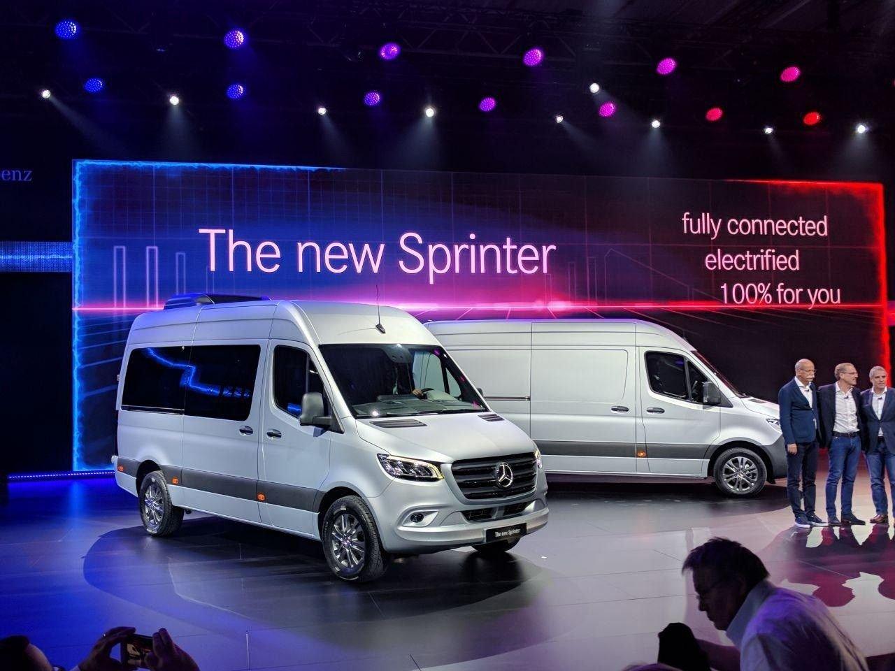 Mercedes рассказал обэлектрической версии нового Sprinter
