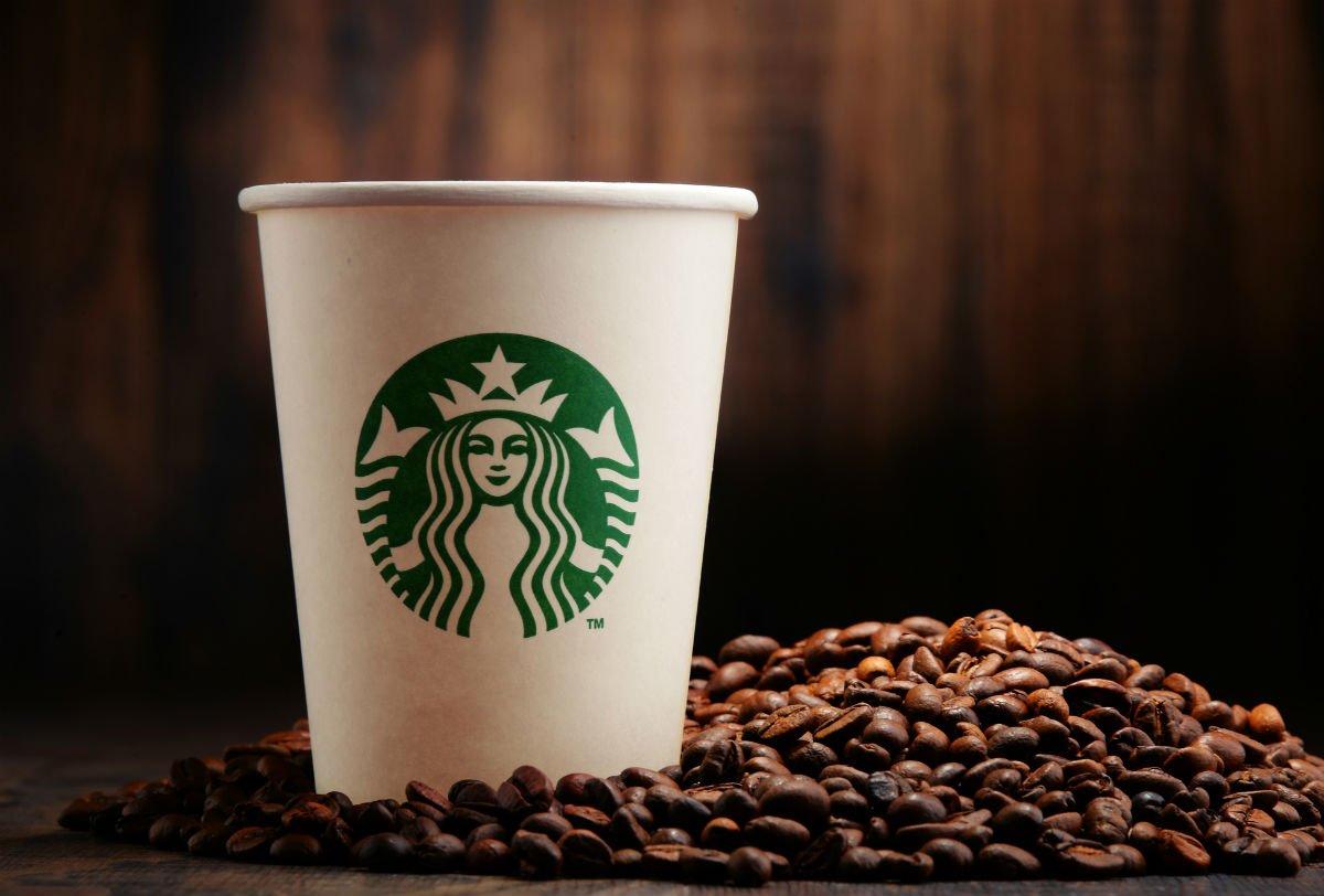 Популярная сеть кофеен вСША угодила врасистский скандал