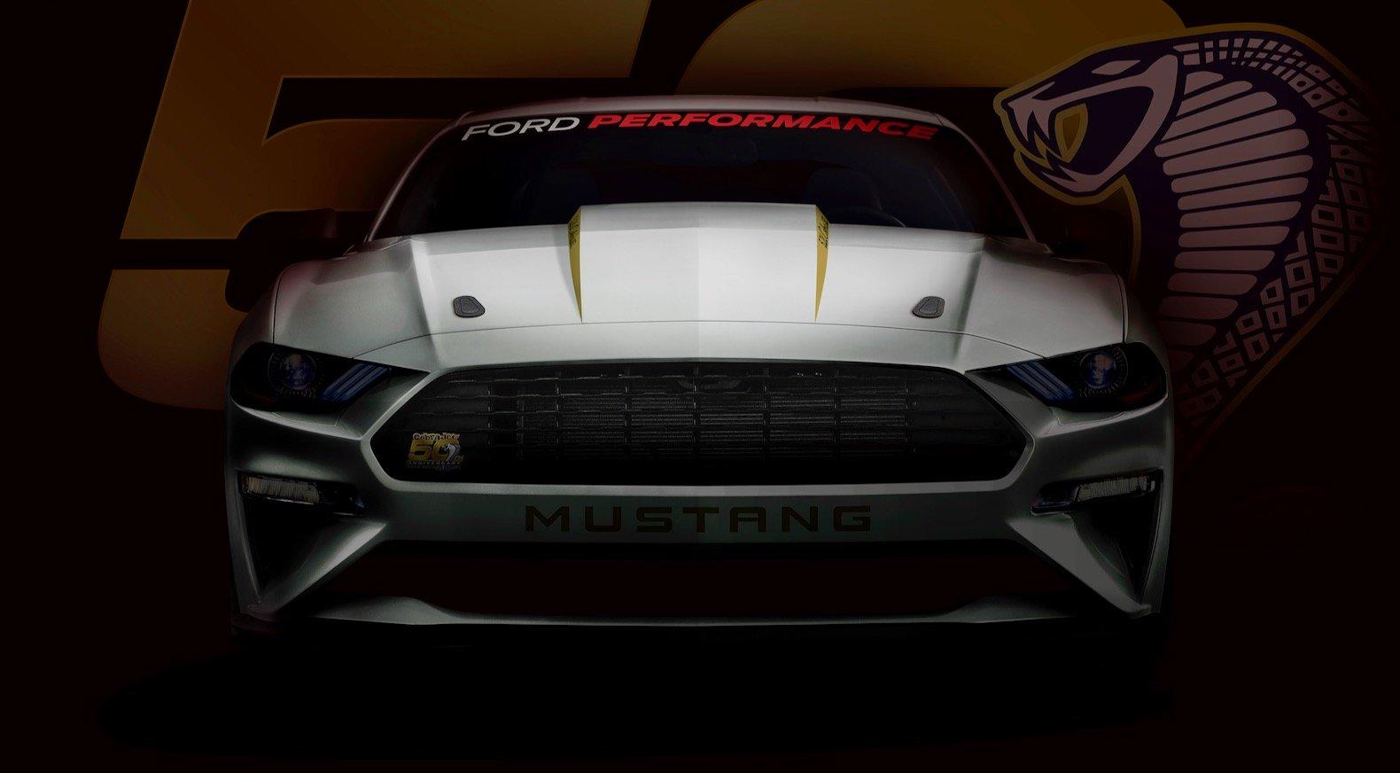 Форд построила юбилейную версию спорткара Форд Mustang Cobra Jet