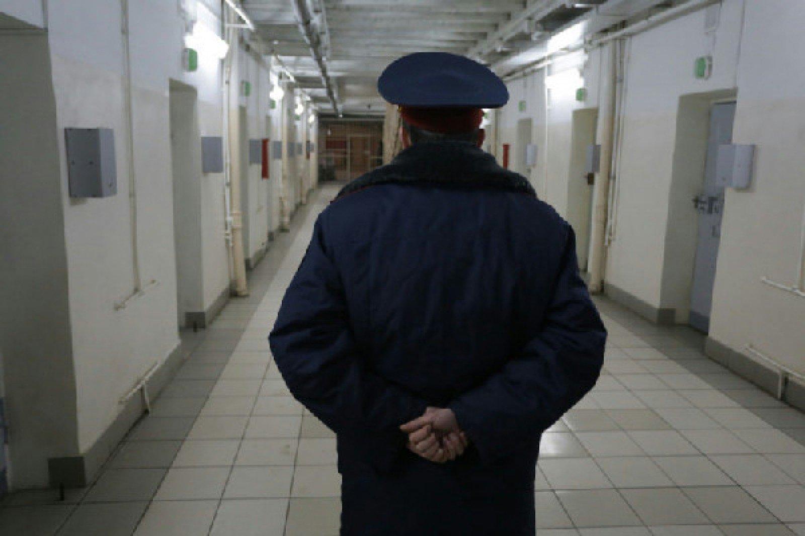 ВХимках уподъезда отыскали тело сотрудника следственного изолятора