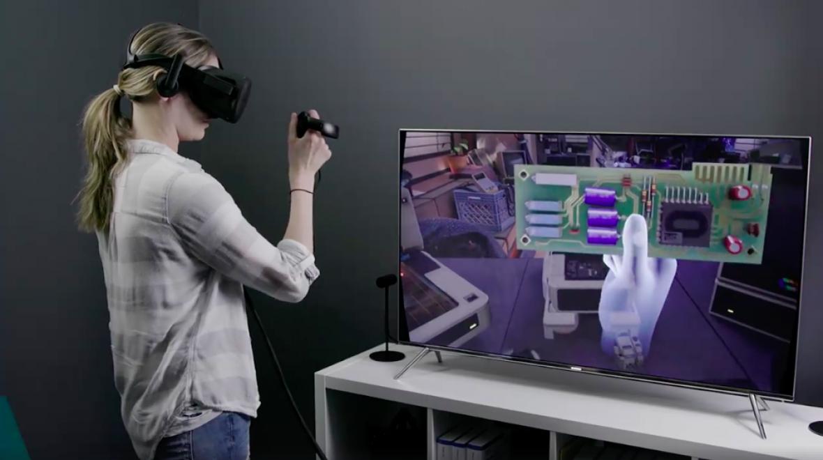 Самостоятельные VR-очки от социальная сеть Facebook Oculus Goпоступили в реализацию