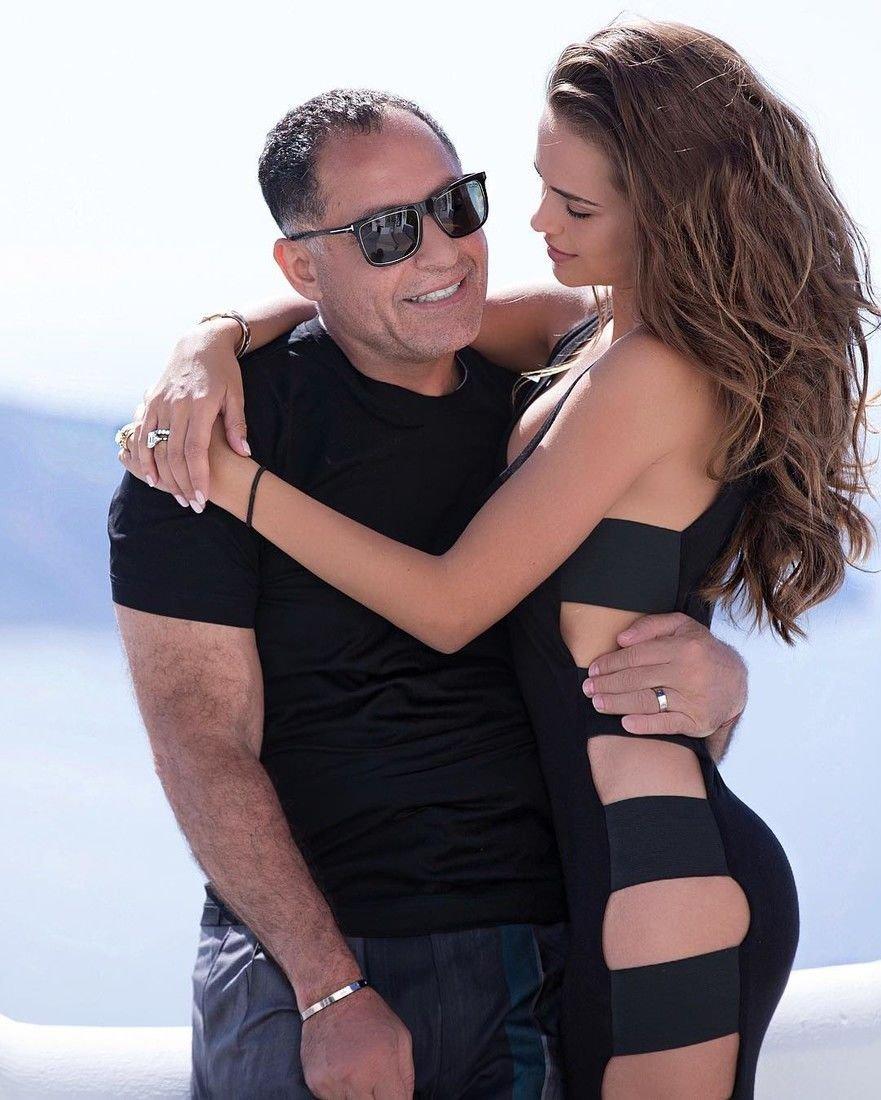Модель Ксения Дели родит первенца 64-летнему мужу-миллиардеру