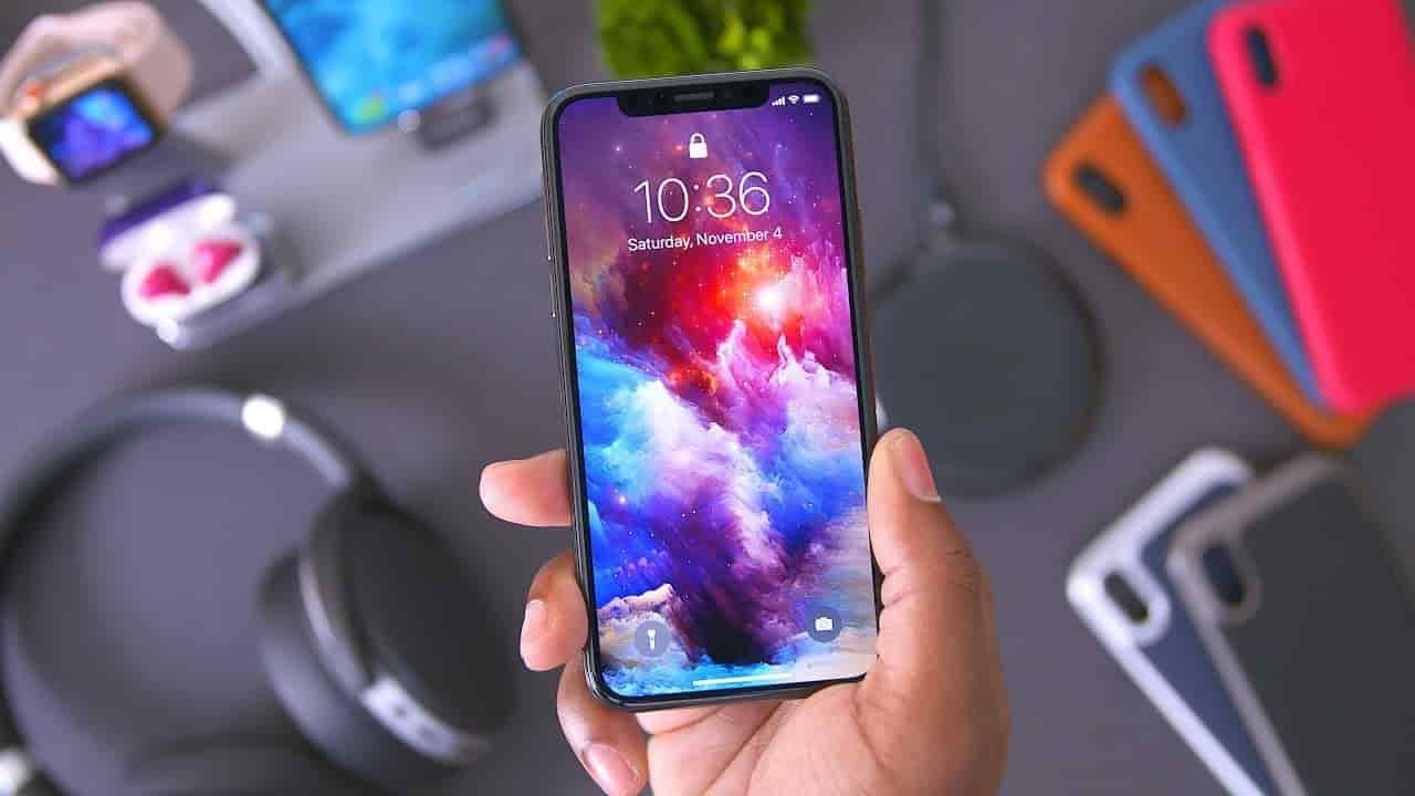 IPhone Xназван наиболее популярным телефоном начала этого года