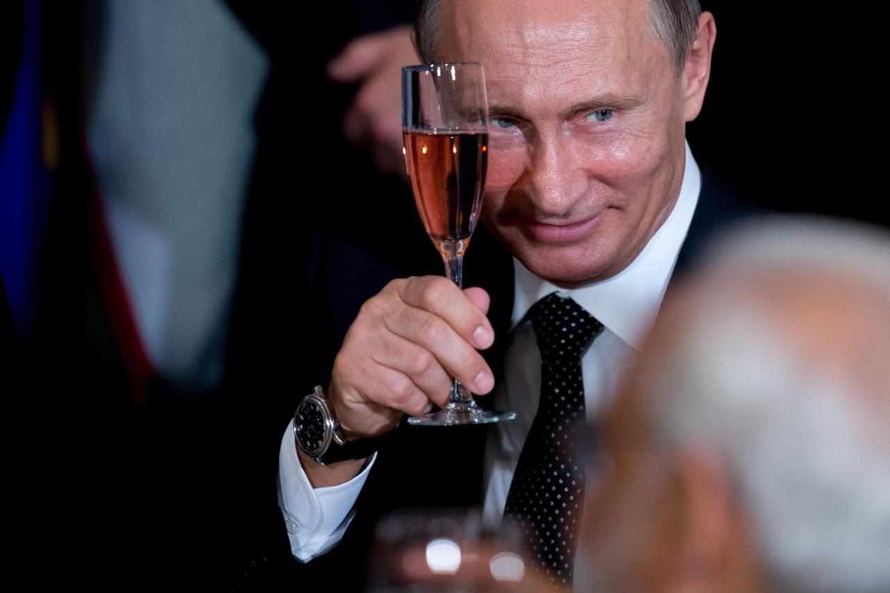 Чеченские народные избранники посоветовали разрешить президентуРФ занимать этот пост три срока подряд
