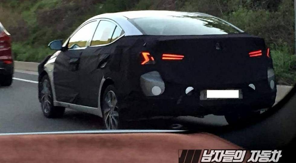 Винтернет попали фото обновленного Hyundai Elantra