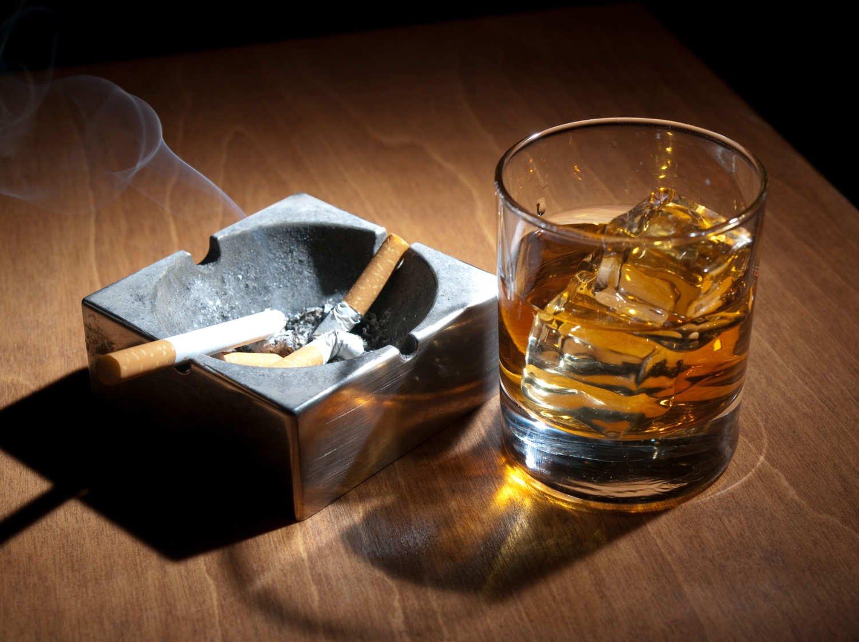 Открытки, картинки сигареты и алкоголь