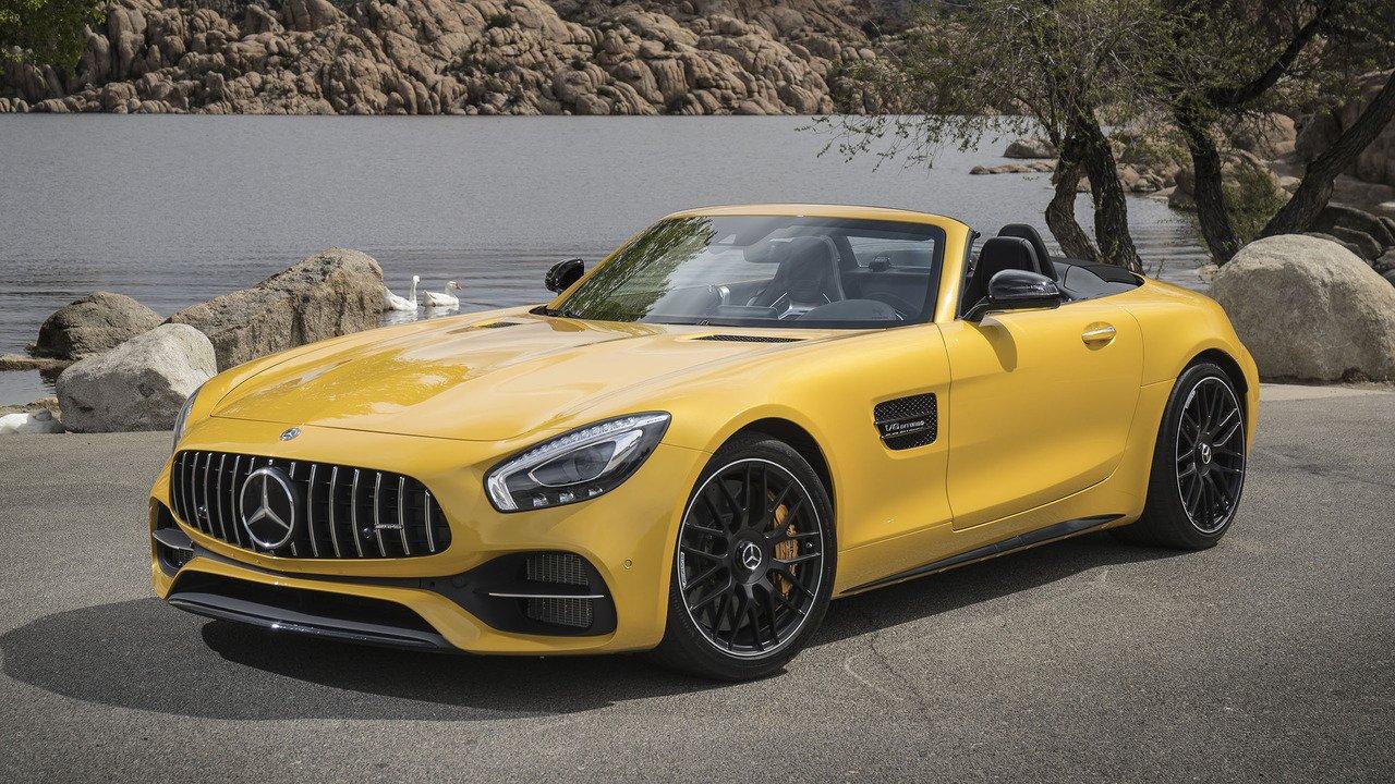 Benz представил новый AMGGT SRoadster