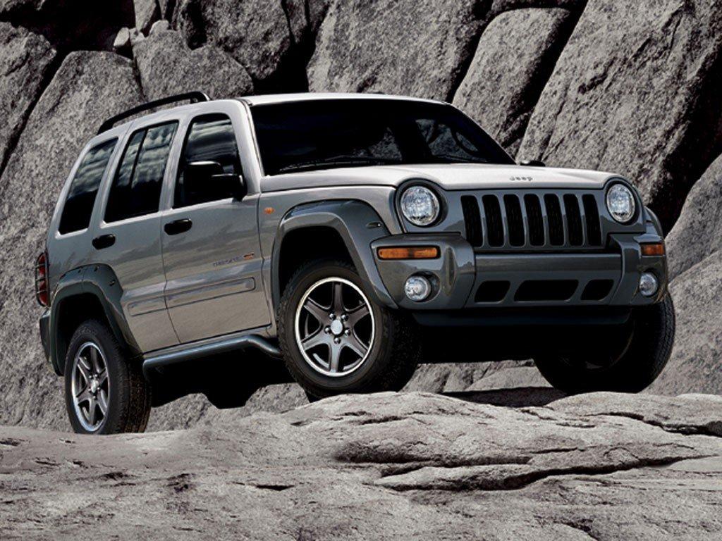 FCA отзывает более 300 000 Jeep из-за неполадок подвески