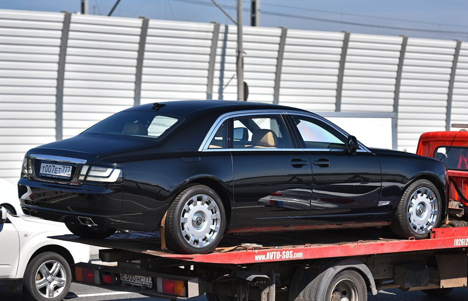 В Москве обнаружили необычный лимузин Rolls-Royce с элементами ЗИЛ