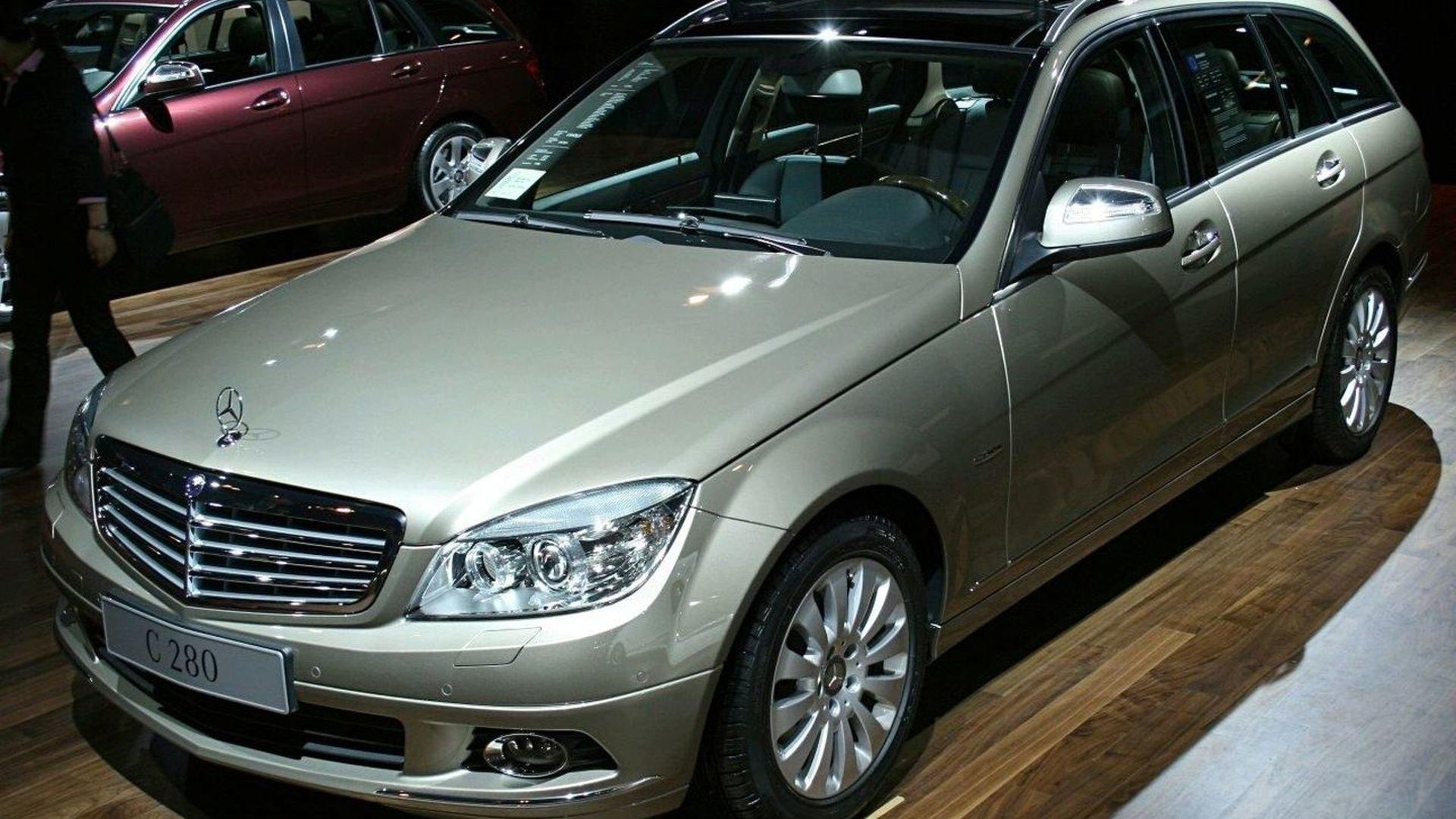 Benz готовит новый вседорожный универсал C-Class All-Terrain class=