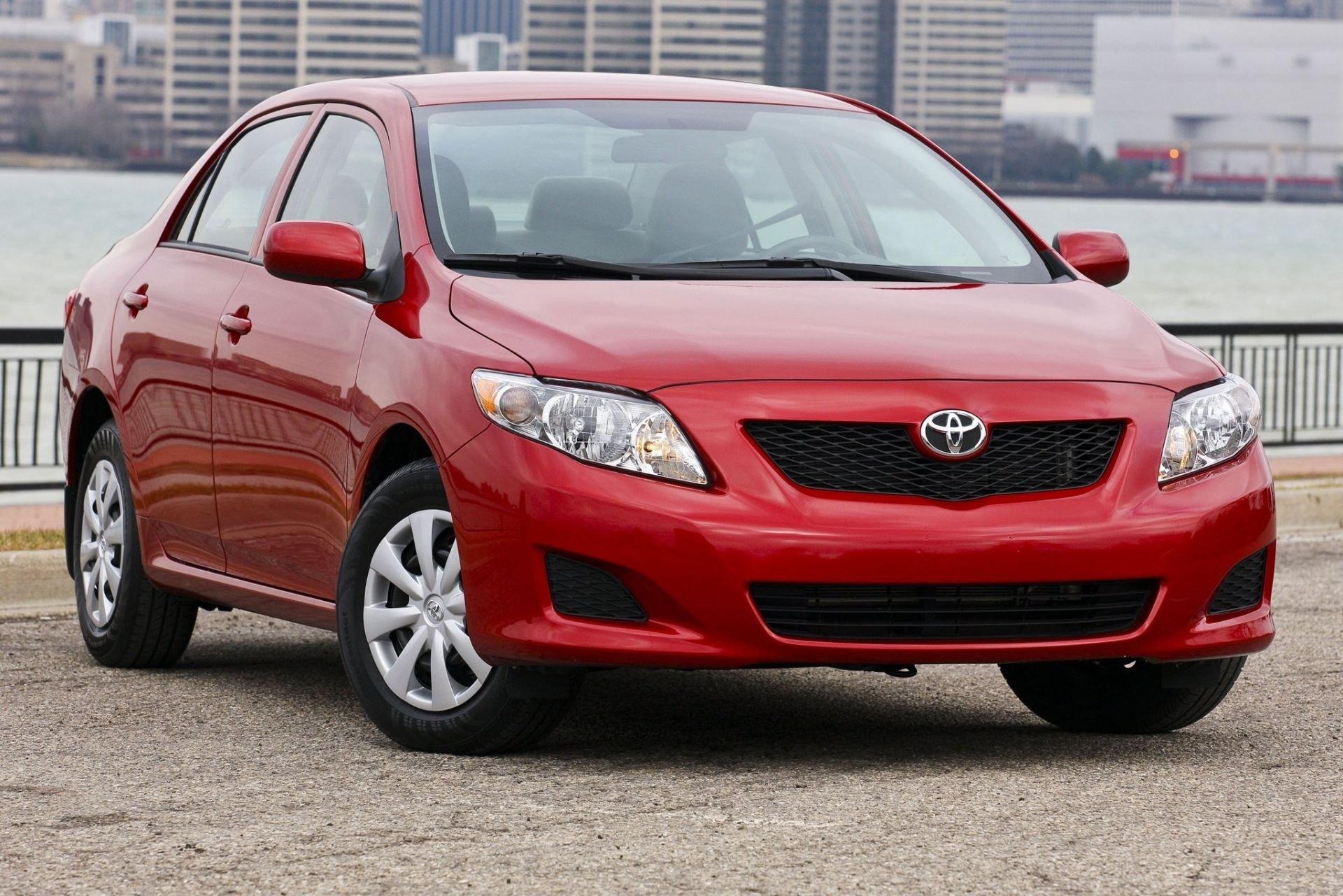 Журнал Forbes назвал самые дорогие автомобильные бренды в мире