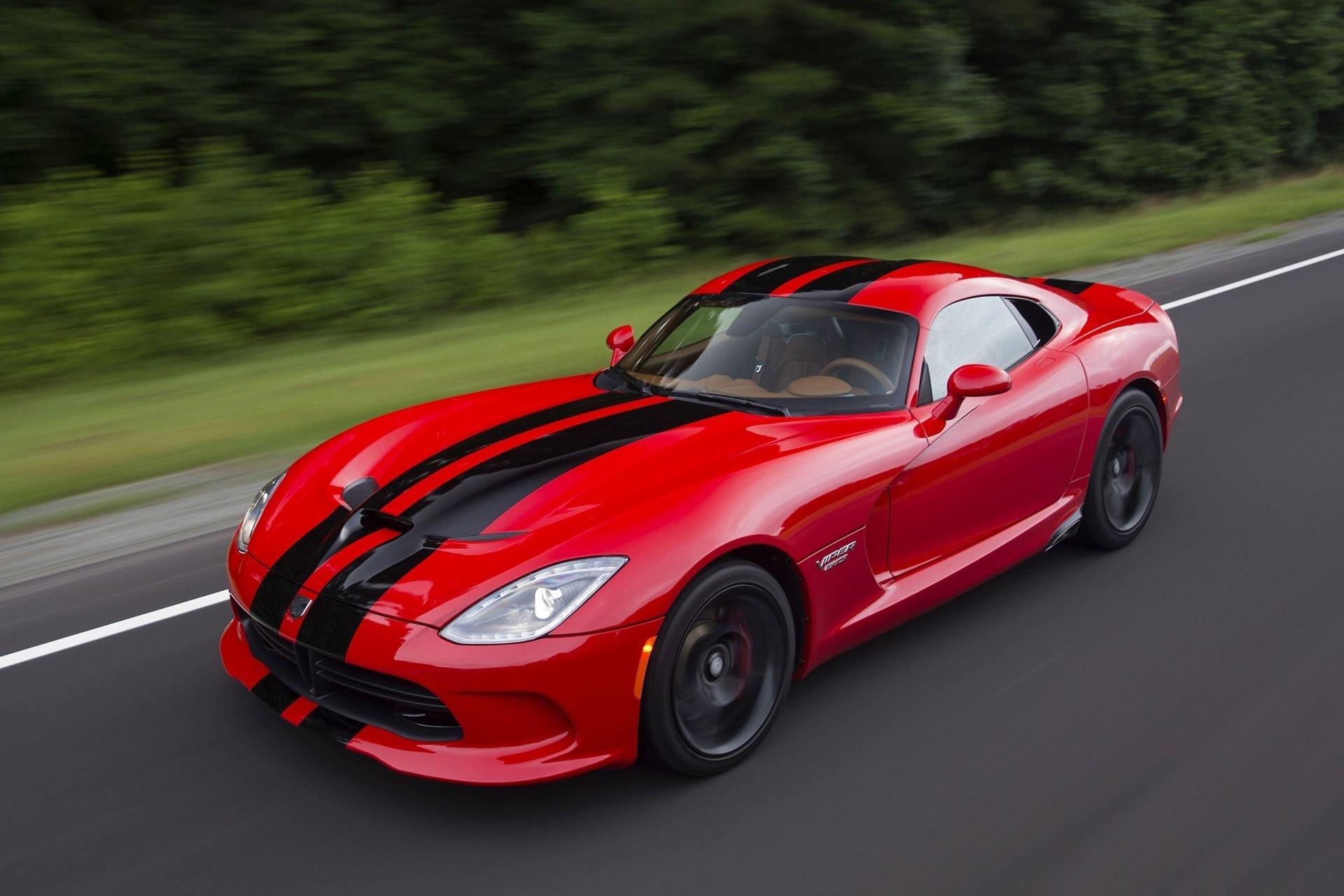 К 2020 году Dodge возродит суперкар Viper